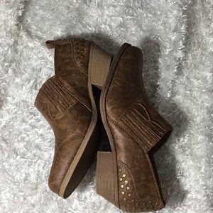 Sugar Tudor vegan cowboy boot shoes size 9